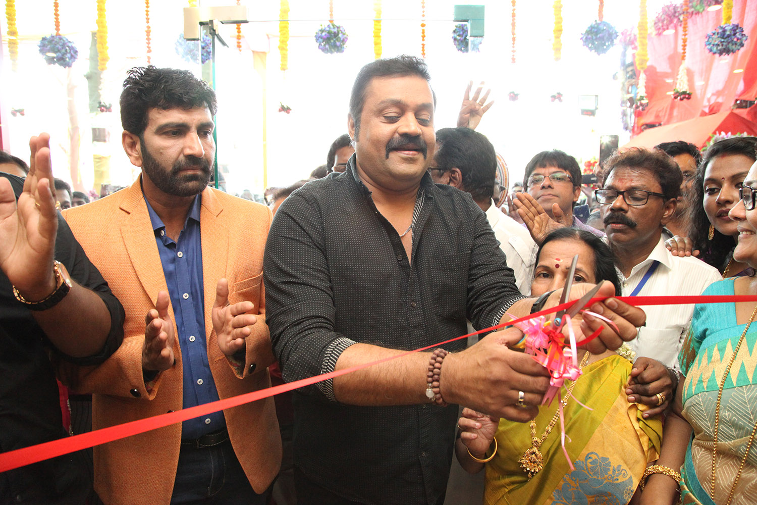 Vapi Showroom Inaugration